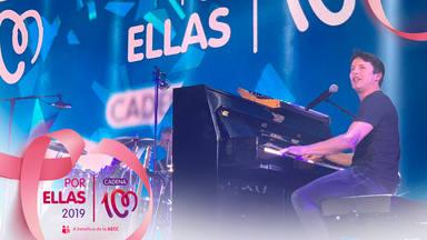 James Blunt en el escenario de CADENA 100 Por Ellas