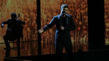 Pablo Alborán emocionó con su versión de 'Sobreviviré' del malagueño Manzanita