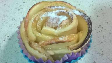 Las deliciosas rosas de manzana: manualidades y cocina con los más pequeños