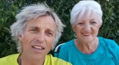 El emotivo vídeo de Jesús Calleja leyendo un poema junto a su madre de 77 años