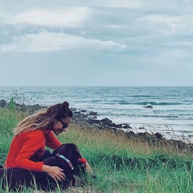 Lara Álvarez, de vuelta a Asturias con su familia