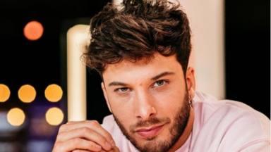 Blas Cantó ha decidido retomar su carrera musical y anuncia una inminente nueva canción