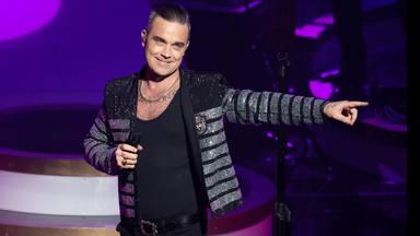 Robbie Williams cumple 45 años y recordamos 4 canciones y una colaboración de Dani Martín