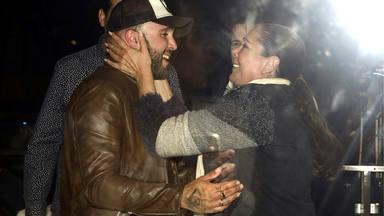 Emotivo abrazo entre Kiko Rivera y Isabel Pantoja