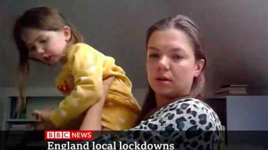 Vídeo viral en la BBC se cuela una niña con un unicornio