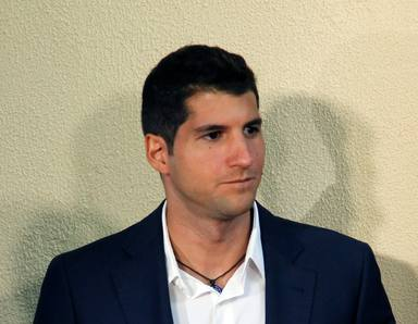 Julián Contreras se harta de las informaciones falsas sobre un posible desahucio y estalla