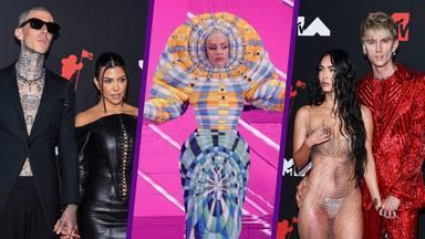 Excéntricos vestidos, tórridos besos y pelea en la alfombra roja: Los épicos momentazos de los MTV VMAs 2021