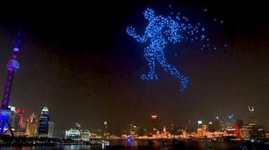 Xangai substitueix els focs artificials per drons