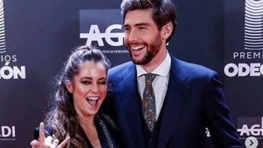 Álvaro Soler convierte a Sofía Ellar en princesa por un día con un romántico baile